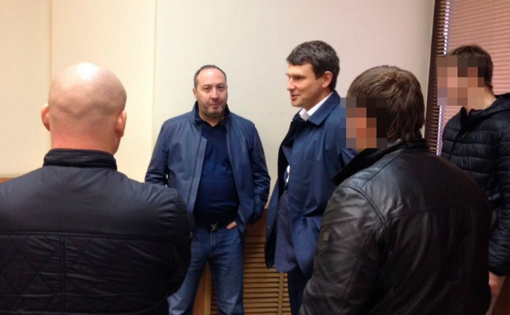 Генеральный директор — владелец 100% компании ОПК Дмитрий Атрощенко и владелец 74% акций Барышского мясокомбината Михаил Лакшин (слева направо)