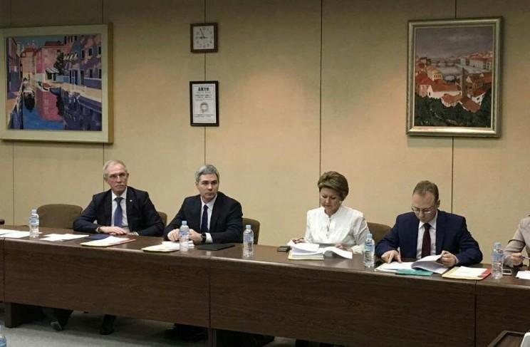 Губернатор Сергей Морозов с делегаией в Японии