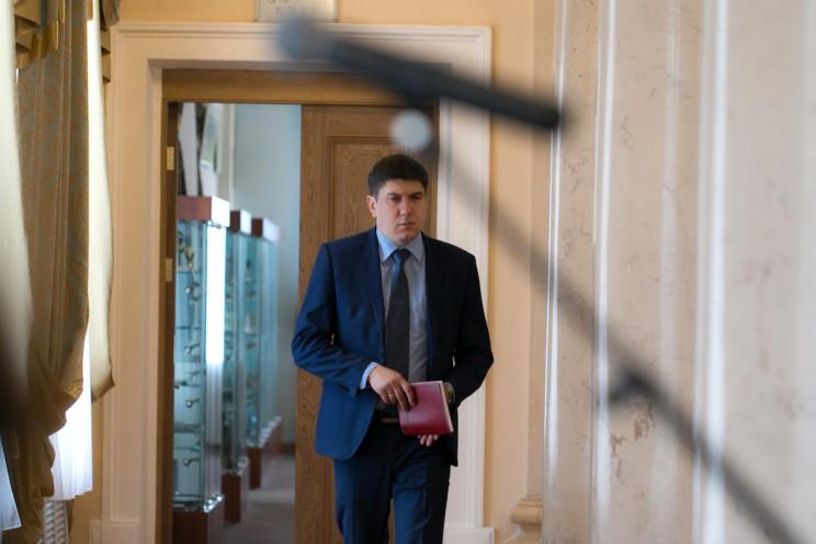 Заместитель губернатора Ульяновской области Павел Дегтярь переходит на работу в качестве главного врача Ульяновской областной клинической больницы.