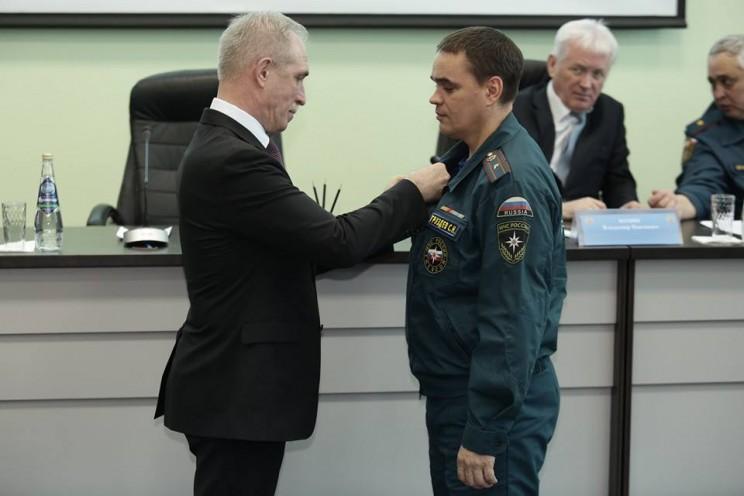 Губернатор Ульяновской области поздравил спасателей с профессиональным праздником 1