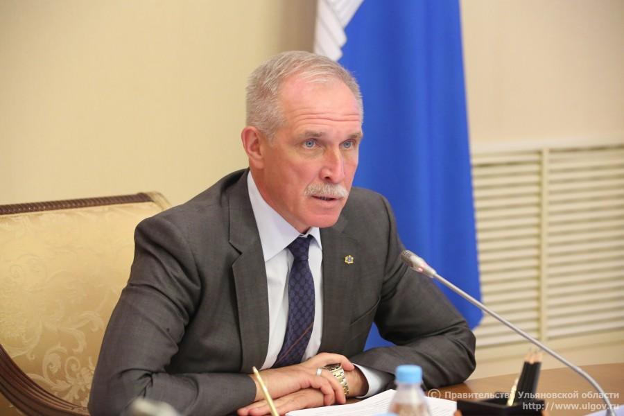 Сергей Морозов поддержал предложение жителей отказаться от строительства дельфинария в Ульяновске