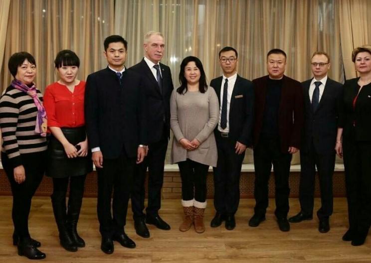 Сергей Морозов и делегация из Китая