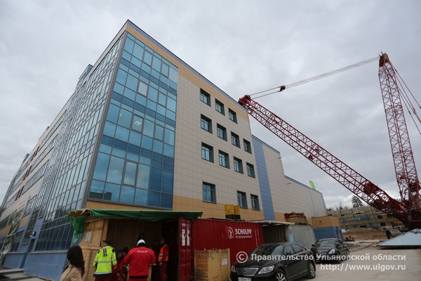 Центр медицинской радиологии в Ульяновской области, состояние строительства осенью 2016 года.