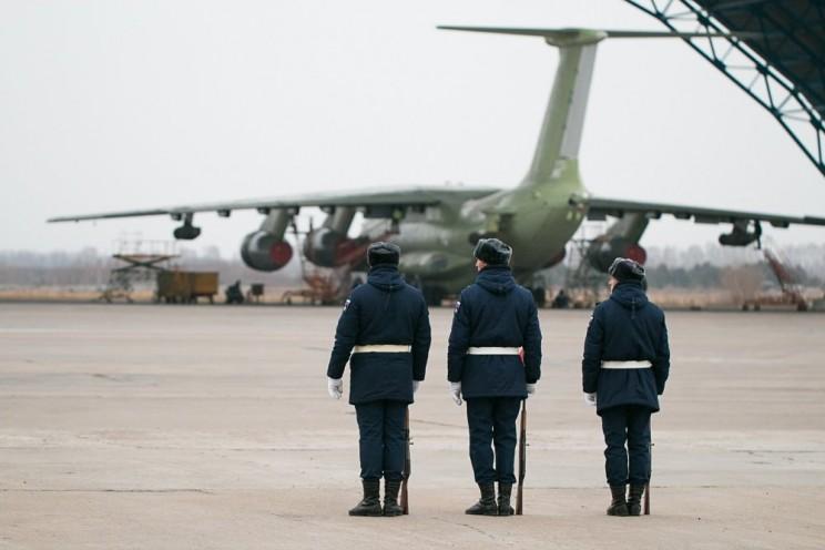 В Ульяновск прибыли самолеты возрожденного авиаполка ВТА - 4
