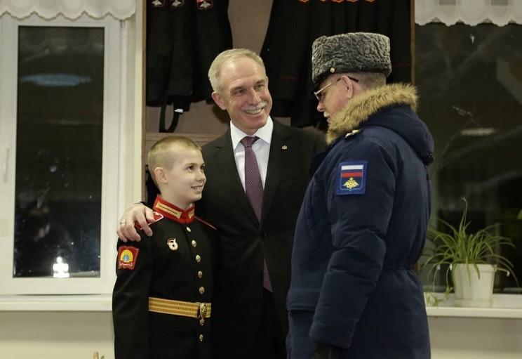 Во время визита в Ульяновское гвардейское суворовское военное училище поздравил с прошедшим днём рождения курсанта Сашу, это мой старший внук - 1