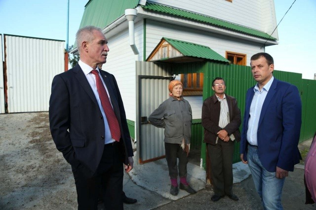 Губернатор Сергей Морозов и глава администрации Ульяновска Алексей Гаев