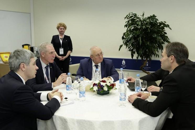 Сергей Морозов рассказал о встрече с министром внешней торговли и развития Финляндии Кайем Мюккяненом на Гайдаровском форуме