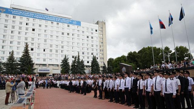 Иван Ургант записал видеоклип вподдержку курсантов изУльяновска