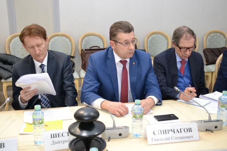 Геннадий Спирчагов принял участие в круглом столе по эффективности использования бюджетных ресурсов 2