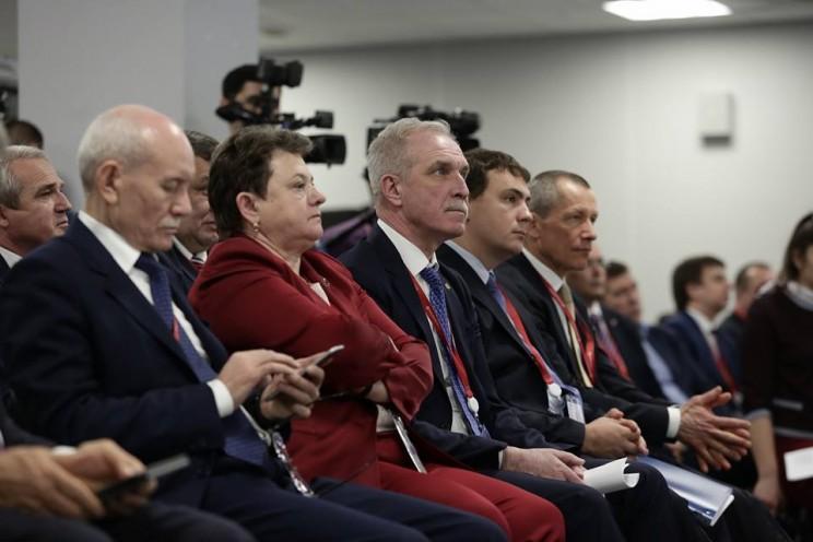 Губернатор Ульяновской области принял участие в дискуссии Моногорода проектируем будущее на Сочинском инвестиционном форуме