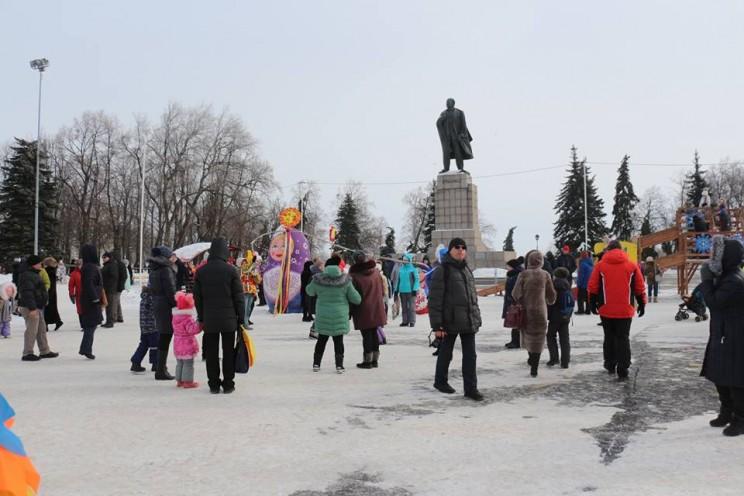 Масленица на центральной площади Ульяновска