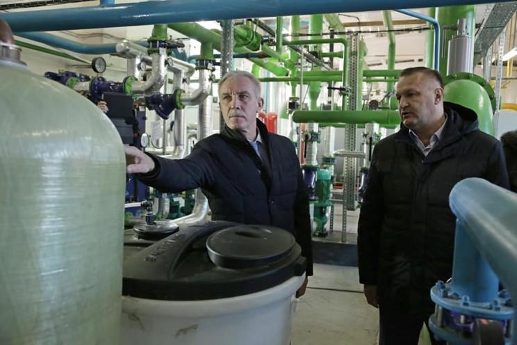 Губернатор Сергей Морозов осматривает котельные - 2