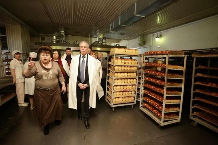Губернатор Ульяновской области поздравил с юбилеем руководителя районного потребительского общества Марию Карягину - 2