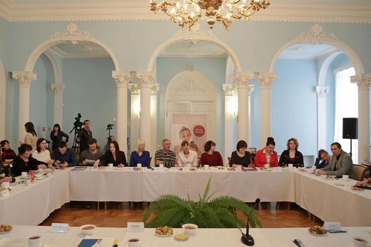 Губернатор Ульяновской области рассказал, как в неформальной обстановке встретился с молодыми писателями, народными авторами и поэтами - 1