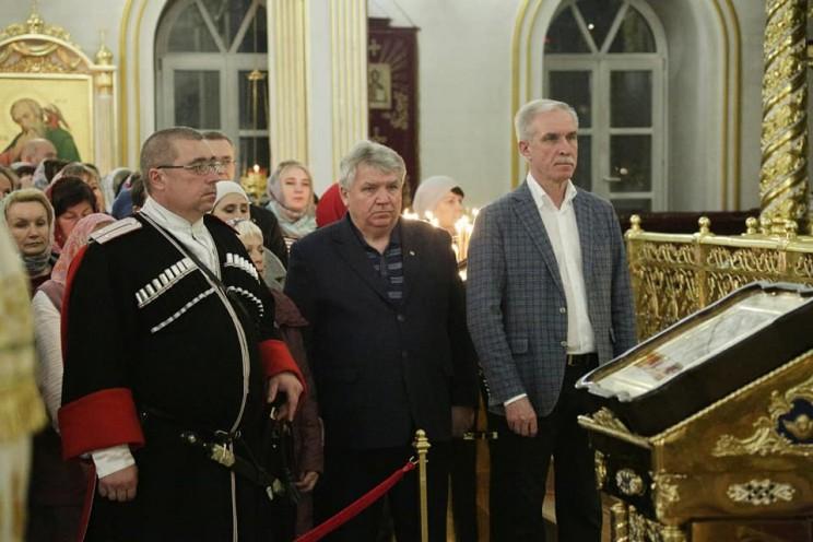 Губернатор Сергей Морозов поздравил жителей Ульяновской области с праздником Пасхи - 2