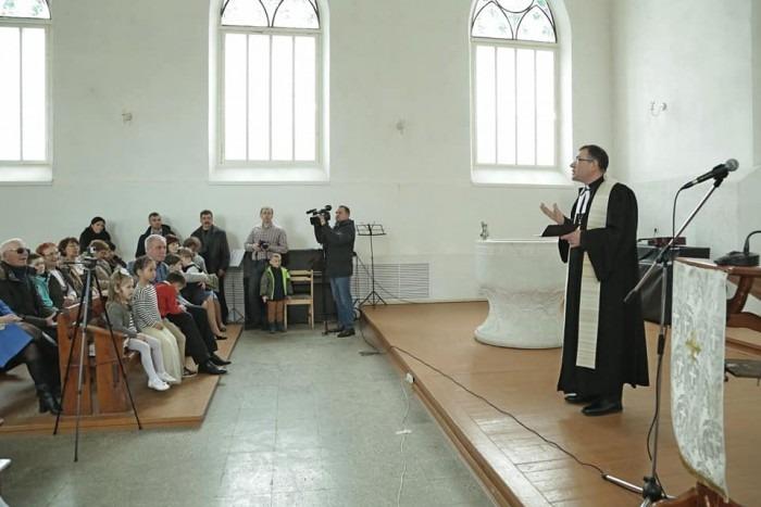 Губернатор Ульяновской области поздравил с праздником Пасхи католическую и лютеранскую общины