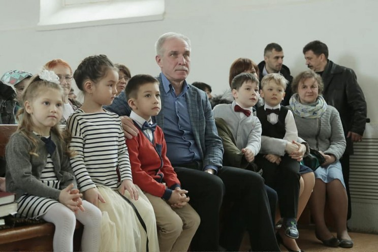 Губернатор Ульяновской области поздравил с праздником Пасхи католическую и лютеранскую общины - 2