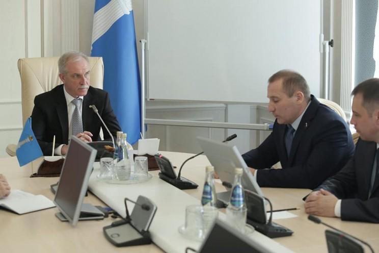 Сергей Морозов провел встречу с руководством регионального отделения партии ЛДПР, 2 апреля 2018 года