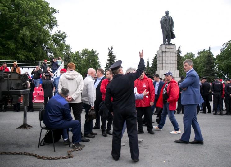 Акция протеста против переименования площади Ленина в Ульяновске - 1