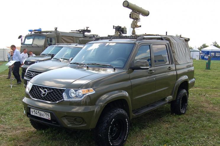 Бронированный автомобиль Есаул, созданный на базе УАЗ Патриот, вооружили противотанковым комплексом Корнет