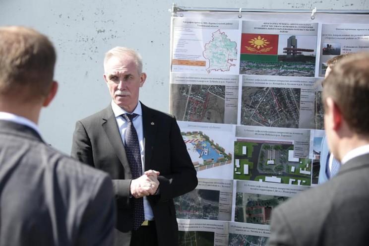 Губернатор Ульяновской области поручил ускорить строительство школы в Тереньге, 4 мая 2018 - 3
