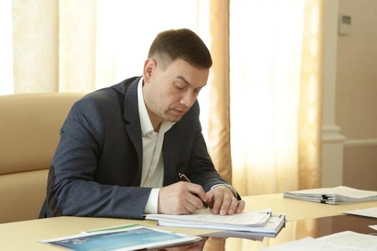 Губернатор Ульяновской области провел встречу с председателем Счётной палаты Ульяновской области Игорем Егоровым и Юрием Казаковым, 8 мая 2018 - 2