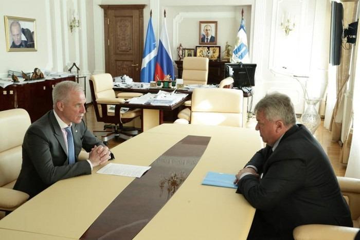 Сергей Морозов предложил Сергею Панчину участвовать в конкурсе на должность главы Ульяновска