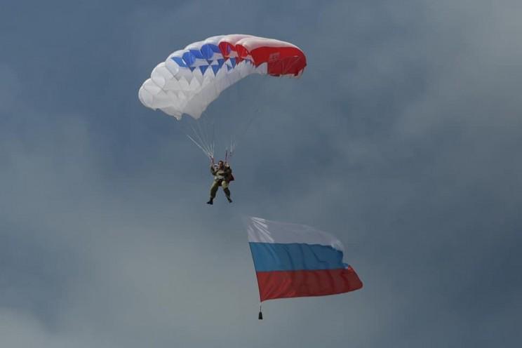 В Ульяновске отметили 20-летие 31-й отдельной гвардейской десантно-штурмовой бригады - 1