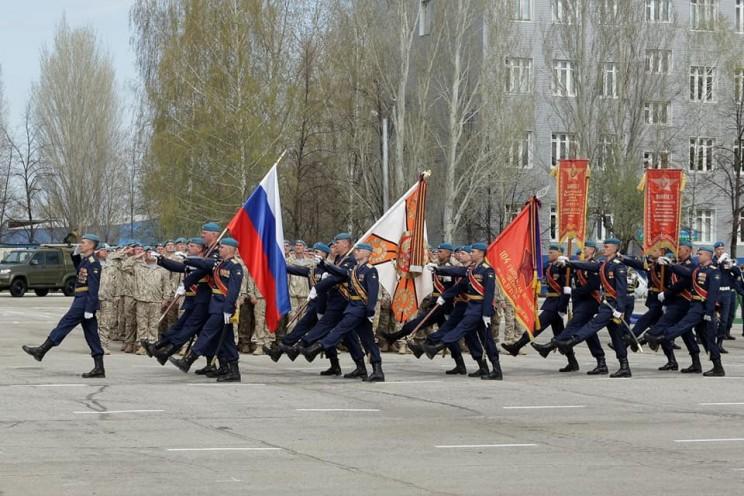 В Ульяновске отметили 20-летие 31-й отдельной гвардейской десантно-штурмовой бригады - 2