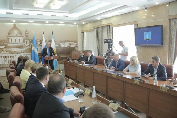 Губернатор Сергей Морозов поздравил Сергея Панчина с избранием на должность главы Ульяновска, 15 июня 2018 - 3