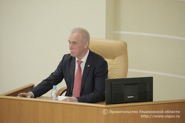 Губернатор Сергей Морозов выступил с отчетом перед депутатами Заксобрания, 30 мая 2018 года