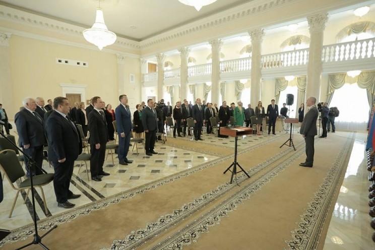 Губернатор Ульяновской области принял участие в церемонии принесения клятвенного обещания новоиспеченными государственными гражданскими и муниципальными служащими, 7 июня 2018 года - 1