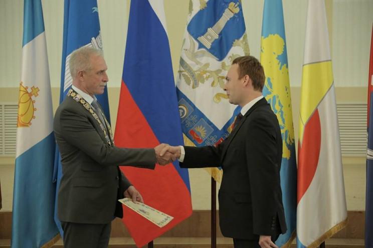 Губернатор Сергей Морозов и глава администрации Ульяновского района Сергей Горячев
