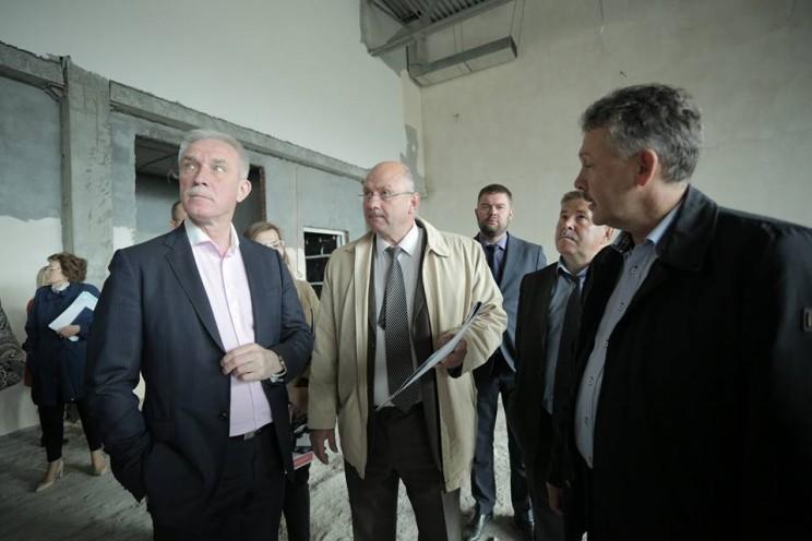Губернатор проинспектировал ход строительства образовательных учреждений в Ульяновске - 2