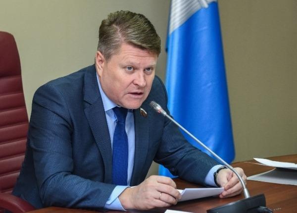 Рашид Абдуллов и Игорь Тихонов временно «дисквалифицированы» из «Единой России»