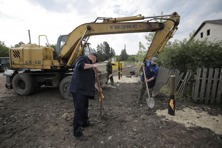 В Кузоватовской районе Ульяновской области ведутся работы по строительству внутрипоселковых газопроводов - 1