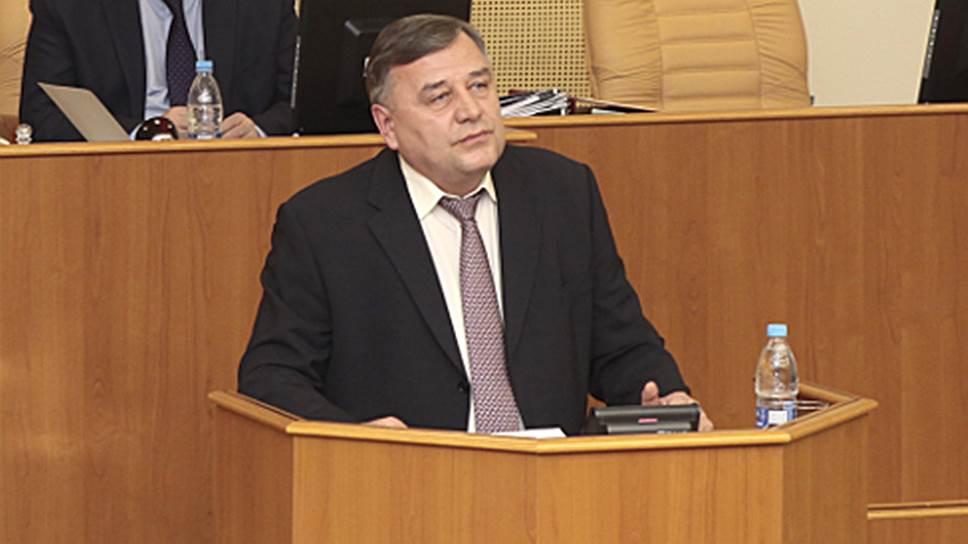Ъ-Волга: Генерала проводили в отпуск