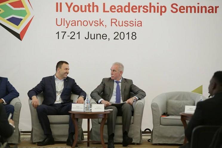 председатель Российского союза молодежи Павел Красноруцкий и губернатор Ульяновской области Сергей Морозов