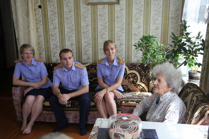 95-летняя Антонина Червякова раскрыла молодым ульяновским следователям секреты расследования преступлений