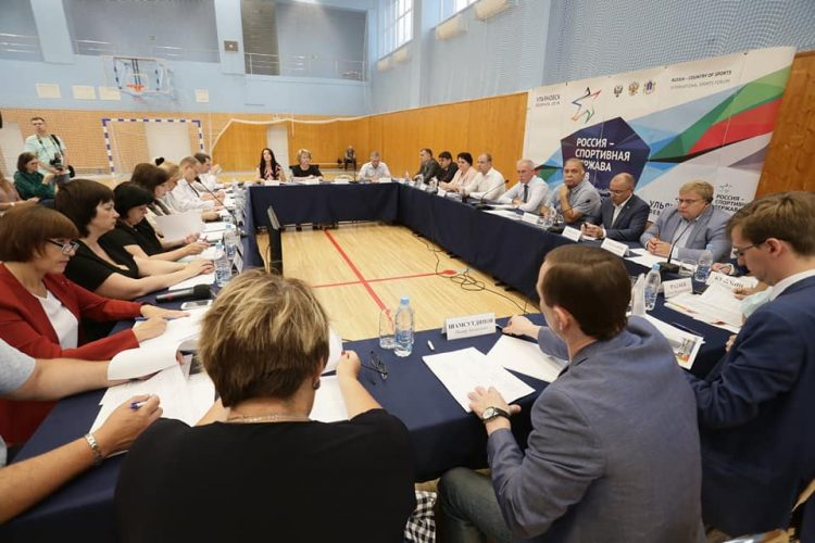 Сергей Морозов: «Каждый участник форума должен быть окружен вниманием с первой минуты пребывания на нашей земле»