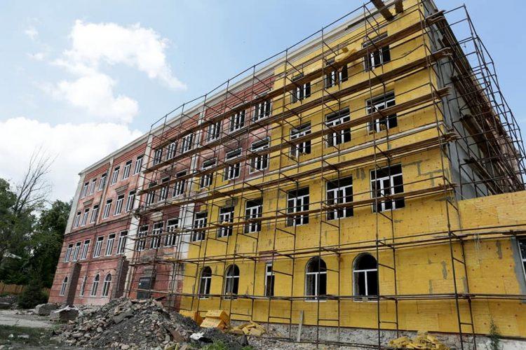 В Барыше ремонтируют школу и строят детский сад