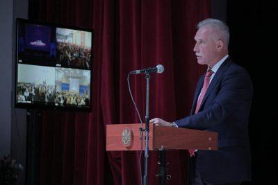 Ульяновский губернатор предложил перевести школы региона на пятидневный режим обучения
