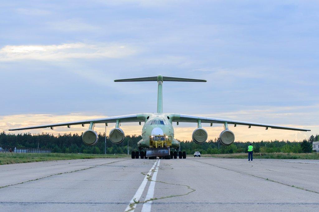 Самолет Ил-76МД-90А ульяновского производства передали под покраску