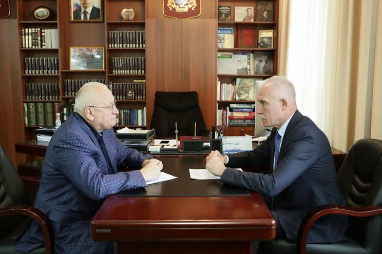 Ъ-Волна: Единороссы совершенствуют связь