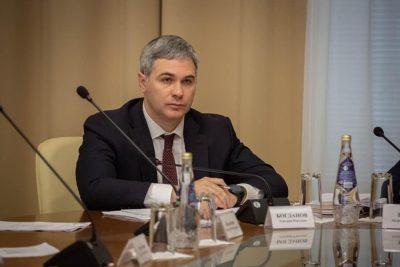 Ъ-Волга: Зампред уходит и остается на связи