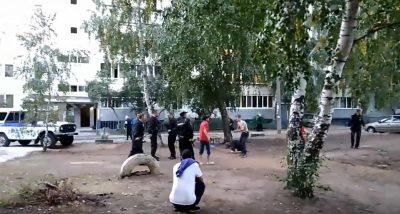 На Верхней Террасе Ульяновска произошла потасовка полицейских и дворовой молодежи