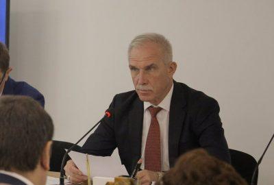 Губернатор Ульяновской области возмущен проблемами с обеспечением детей льготным питанием