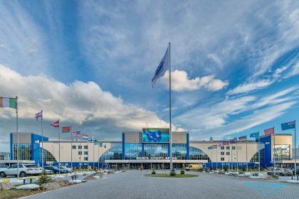 Спортивный комплекс «Волга-Спорт-Арена» в Ульяновске начал разваливаться